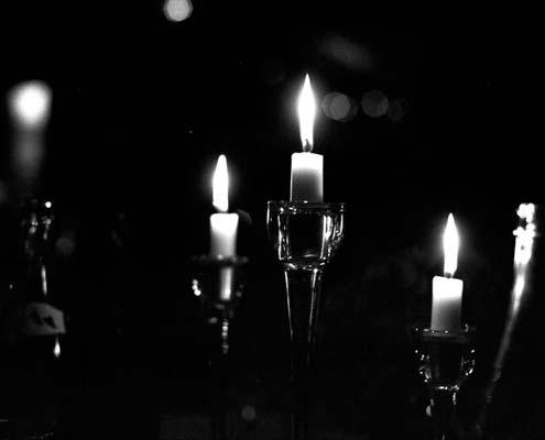 Pellicule noir et blanc - appareil photo argentique - Bougies